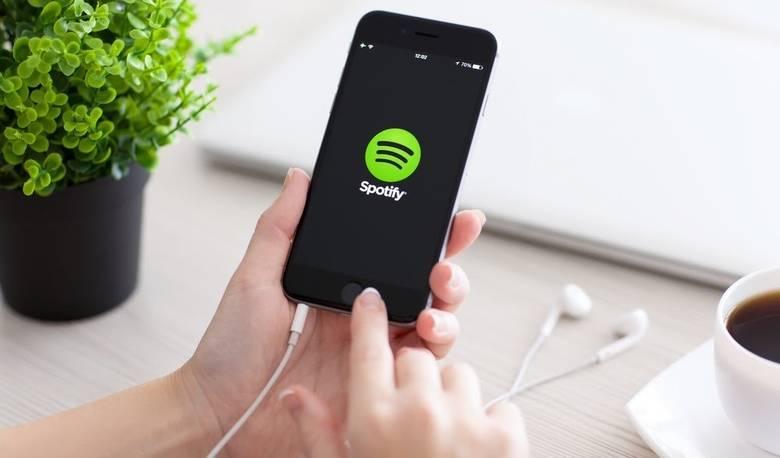«Spotify» теперь доступна и в российском регионе